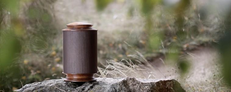 Wooden urns - Boaz