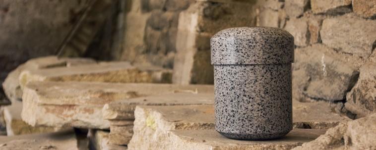 Cultured stone urns